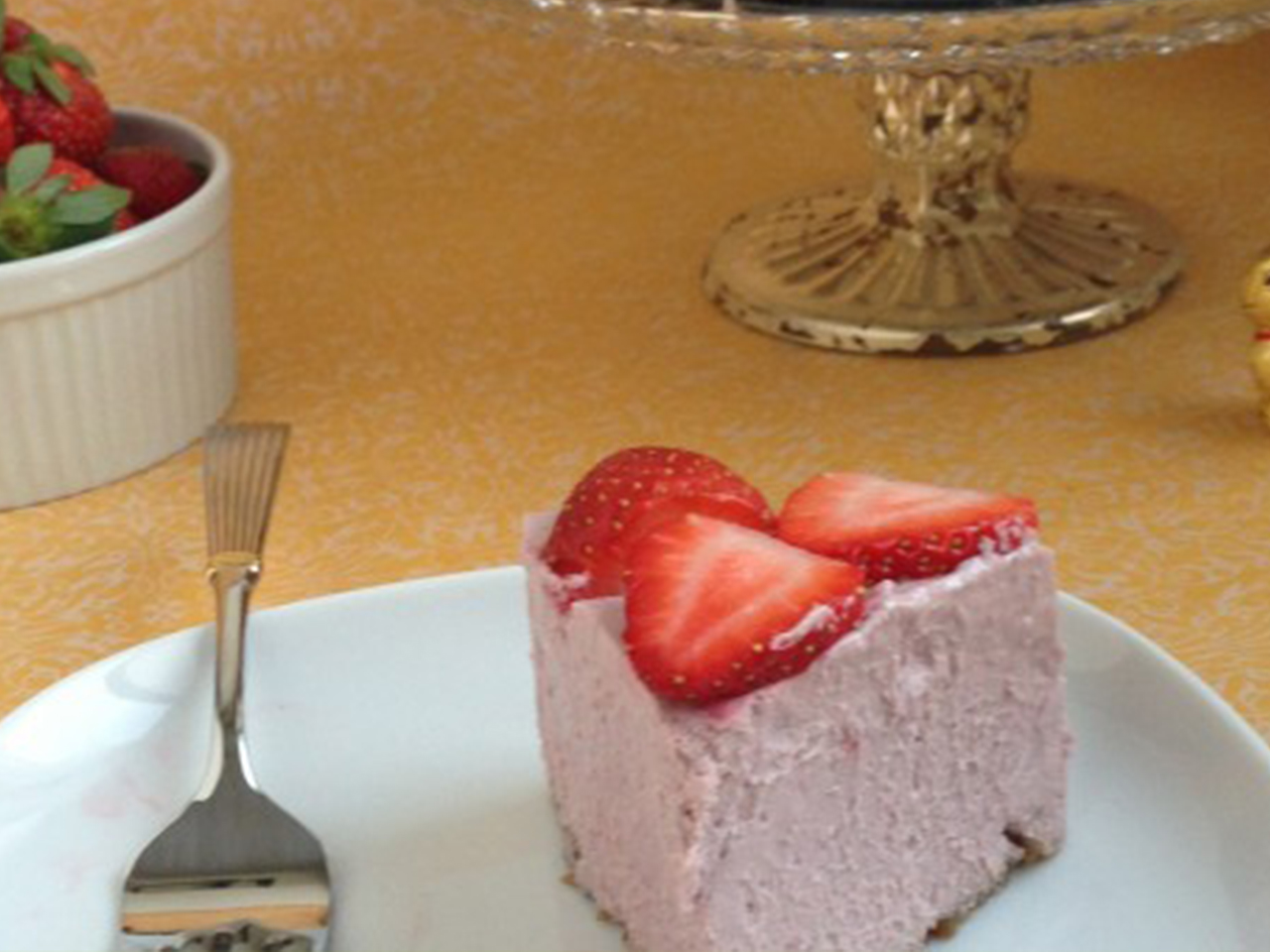 Strawberry Cashew Mousse